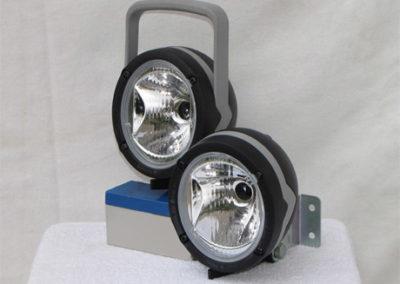 Munka lámpa - sima és fogós változatban, szabályozható fénycsóvával
