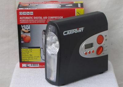 Kompresszor - 12 Voltos, lámpás kivitelben - 7 bar-os teljesítményig