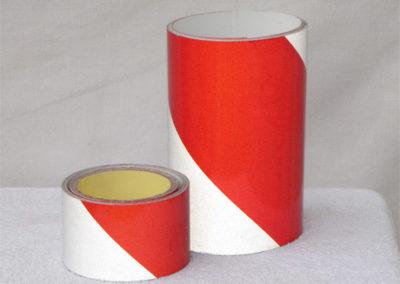 Fényvisszaverő csík - piros, fehér csíkos (3M-es) 5-10 cm szélességben