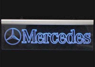 LED-es világítós dekor tábla - különböző típusokra rendelhető